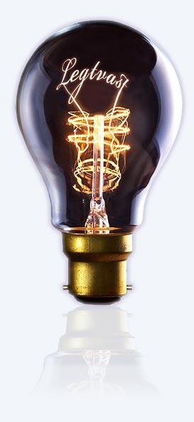 lamp legtvast - lichtblauwe achtergrond2